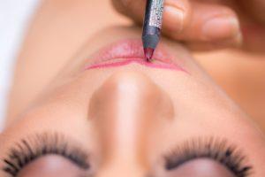 make-up artist opleiding lippenstift
